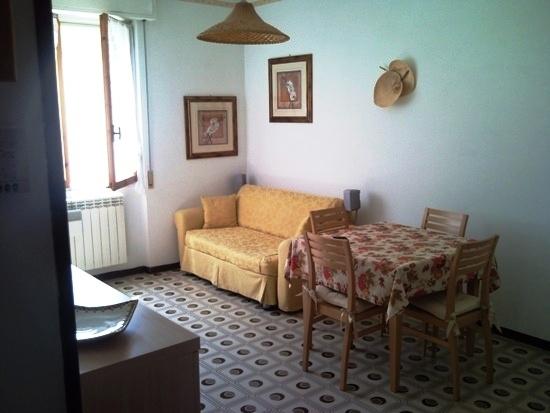 Appartamento in affitto a San Lorenzo al Mare, 2 locali, zona Località: Via Pietrabruna, prezzo € 450 | PortaleAgenzieImmobiliari.it