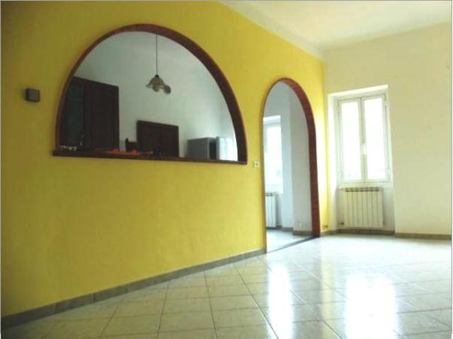 Appartamento in affitto a Pontedassio, 4 locali, zona Località: Via Torino, prezzo € 450 | PortaleAgenzieImmobiliari.it