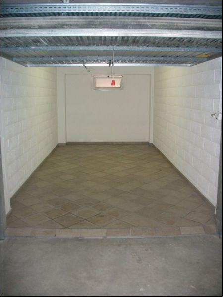 Box / Garage in vendita a Imperia, 1 locali, zona Località: via argine sinistro, prezzo € 33.000   CambioCasa.it