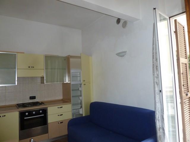 Appartamento in affitto a Imperia, 2 locali, zona Località: Pensilina, prezzo € 400 | CambioCasa.it