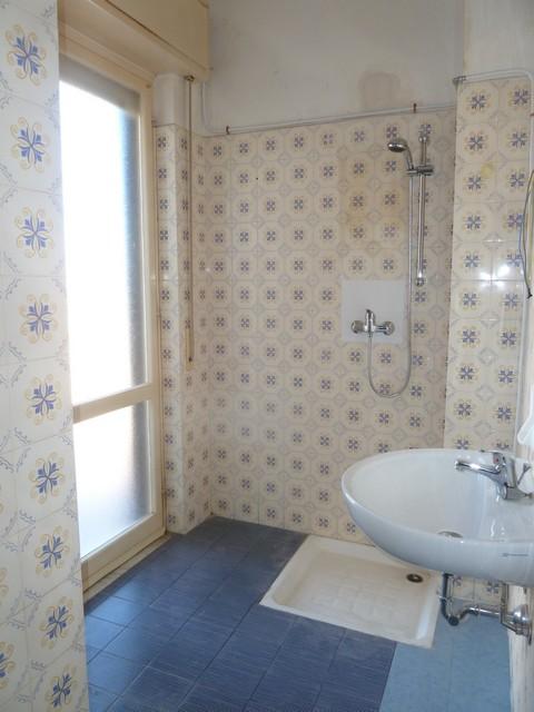 Appartamento in affitto a Imperia, 5 locali, zona Località: via ivanoe amoretti, prezzo € 650   CambioCasa.it