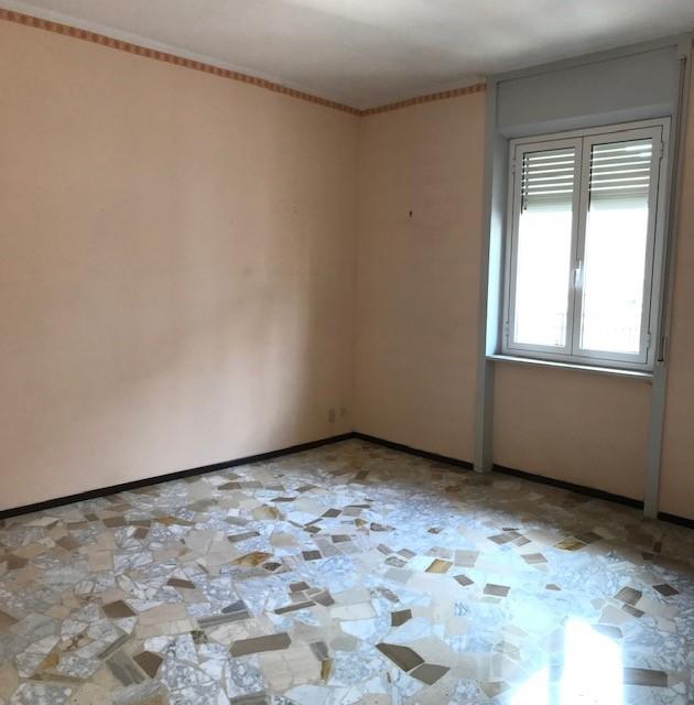 Appartamento in vendita a Imperia, 6 locali, zona Località: via privata carli, prezzo € 170.000   PortaleAgenzieImmobiliari.it