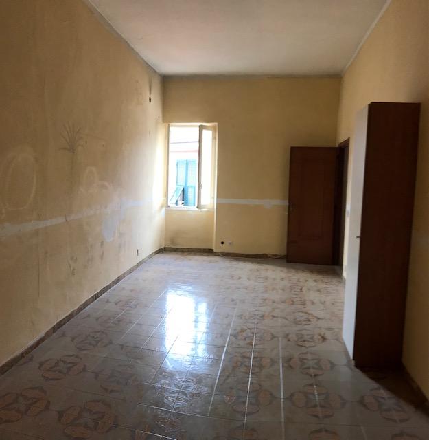 Appartamento in vendita a Pontedassio, 7 locali, zona Località: via torino, prezzo € 70.000 | CambioCasa.it