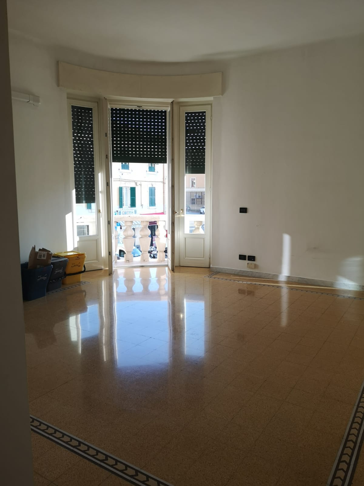 Appartamento in affitto a Imperia, 4 locali, zona Località: via XXV Aprile, prezzo € 550 | PortaleAgenzieImmobiliari.it