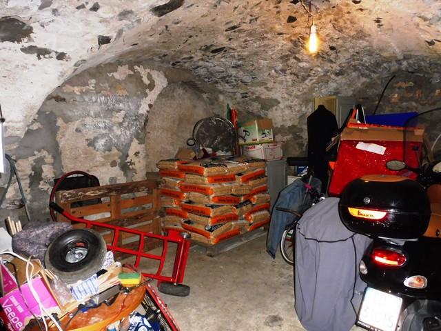 Appartamento in vendita a Dolcedo, 4 locali, zona Zona: Isolalunga, prezzo € 128.000 | CambioCasa.it