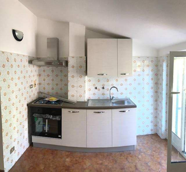 Appartamento in affitto a Imperia, 3 locali, zona Località: Via Airenti, prezzo € 430 | PortaleAgenzieImmobiliari.it