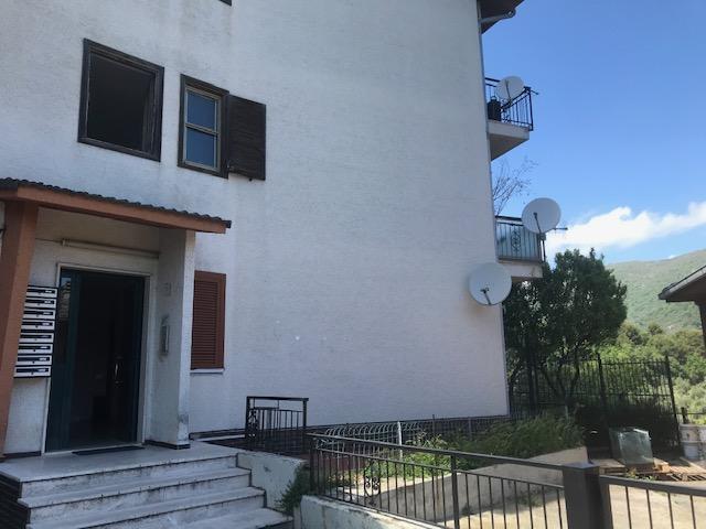 Appartamento in vendita a Diano Arentino, 4 locali, zona Località: 1,6 km prima di Diano Arentino, prezzo € 100.000 | PortaleAgenzieImmobiliari.it