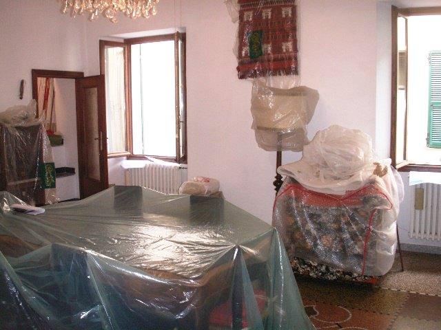 Appartamento in vendita a Borgomaro, 4 locali, zona Località: centro paese, prezzo € 99.000 | PortaleAgenzieImmobiliari.it